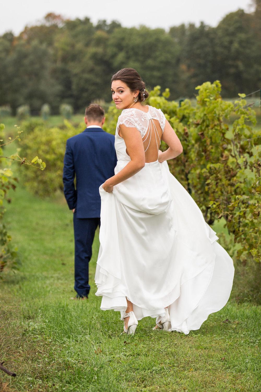 StephNick-Wedding-0106-lowres-CT-Vineyard-Wedding.jpg