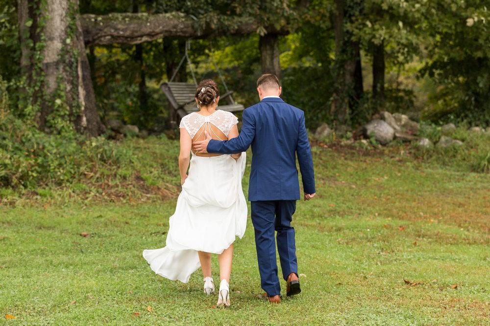 StephNick-Wedding-0239-lowres-CT-Vineyard-Wedding.jpg