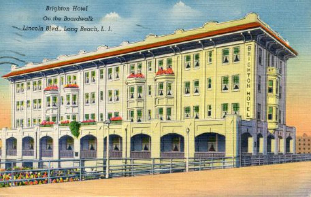 The Brighton Hotel was one of many lodges located on the boardwalk. (Credit: Long Beach Historical Society)