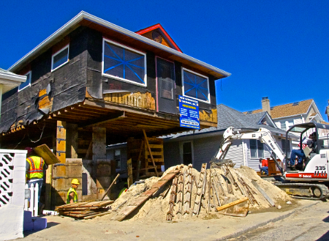 A home in Long Beach rebuilt and elevated after Hurricane Sandy battered the beach town in 2012. (Photo: Joseph Kellard)