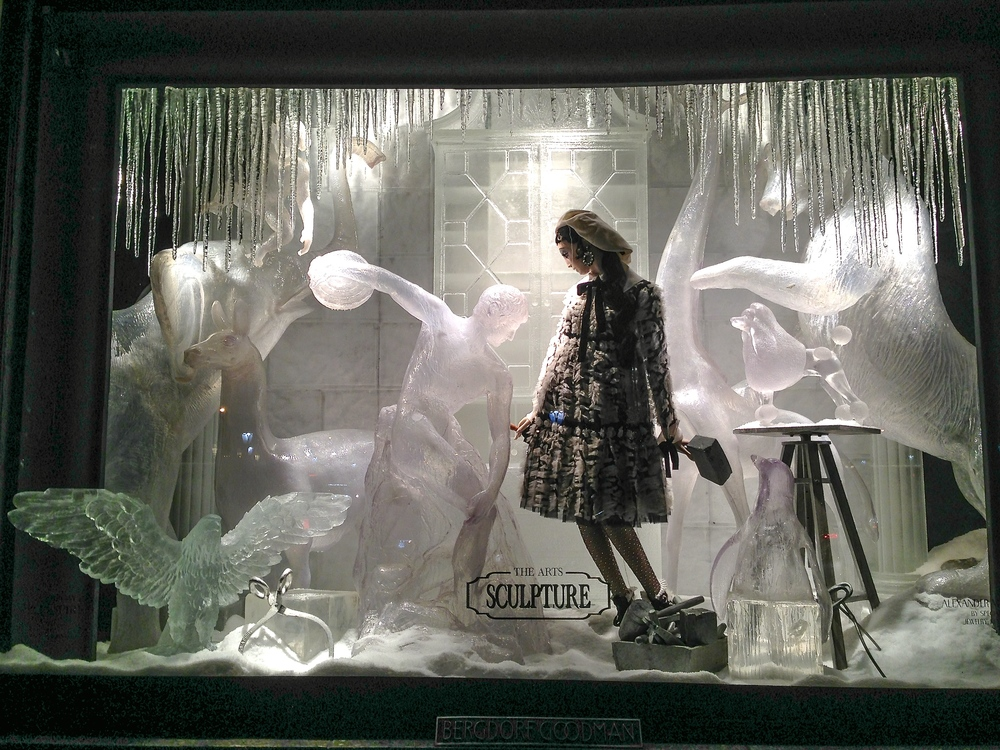 A Christmas window display at Bergdorf Goodman, a high-end department store on New York's 5th Avenue. (Photo: Joseph Kellard)