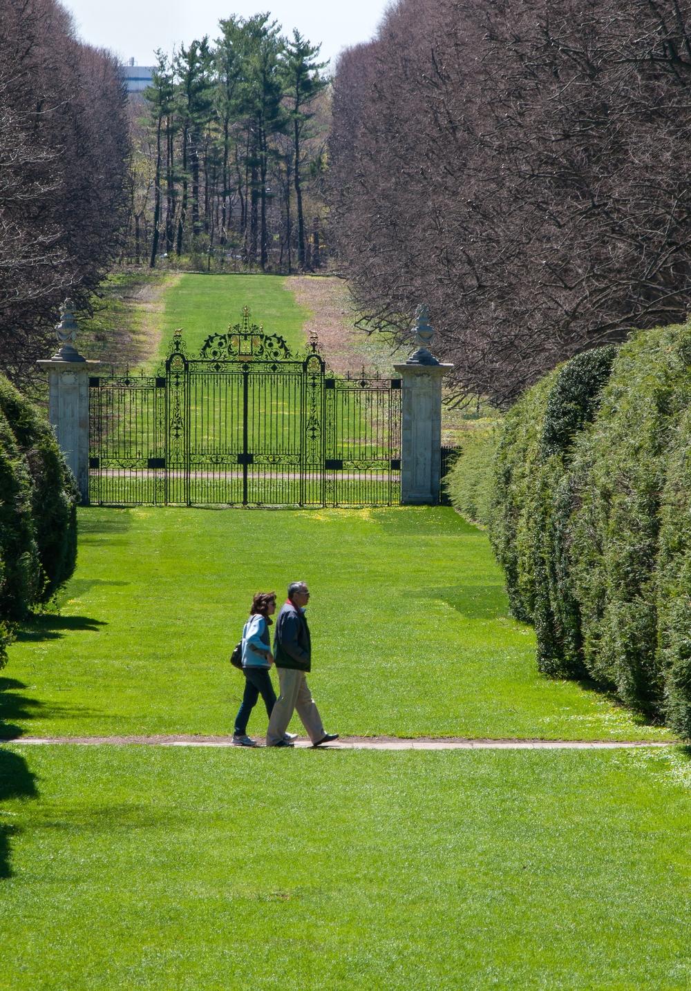 @_Old Westbury Gardens_lawn_gate.jpg