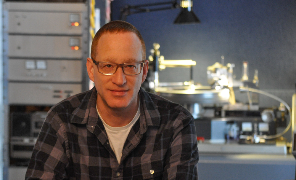 When Alex Abrash landed a job after college in 1984 with a Poughkeepsie company that released classical music on open reel-to-reel tapes, the vinyl record was king of musical formats, and a new technology, a compact disc, was poised to dethrone it.  READ MORE