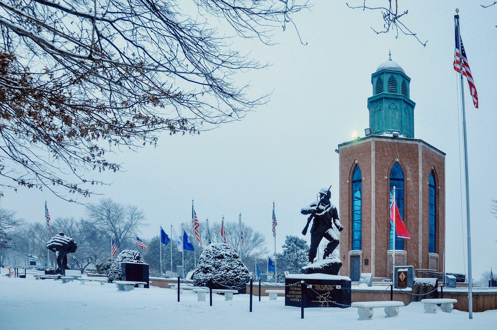 @ @ Veterans Memorial_Eisenhower Park_snow_2.15.16_Photo © 2016.Joseph Kellard:kellardmedia.com.JPG