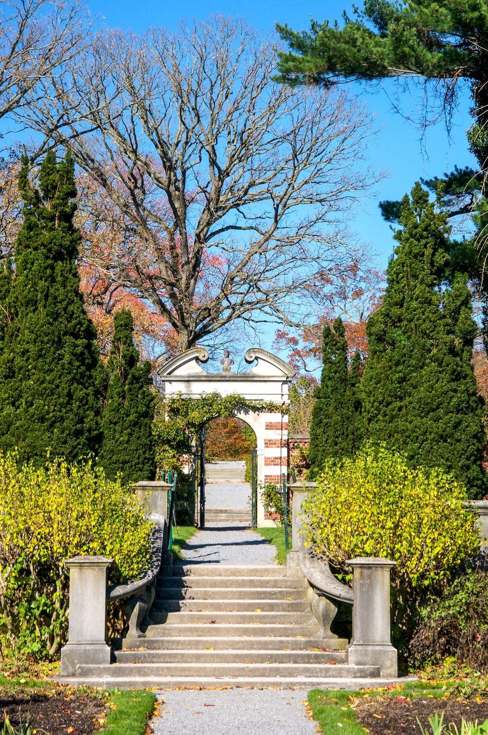 _@ Walled Garden_Old Westbury Gardens_11.11.18_.jpg