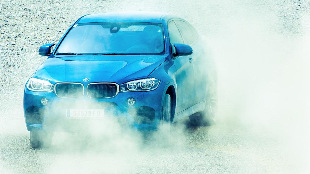 BMW_X6M-0811.jpg