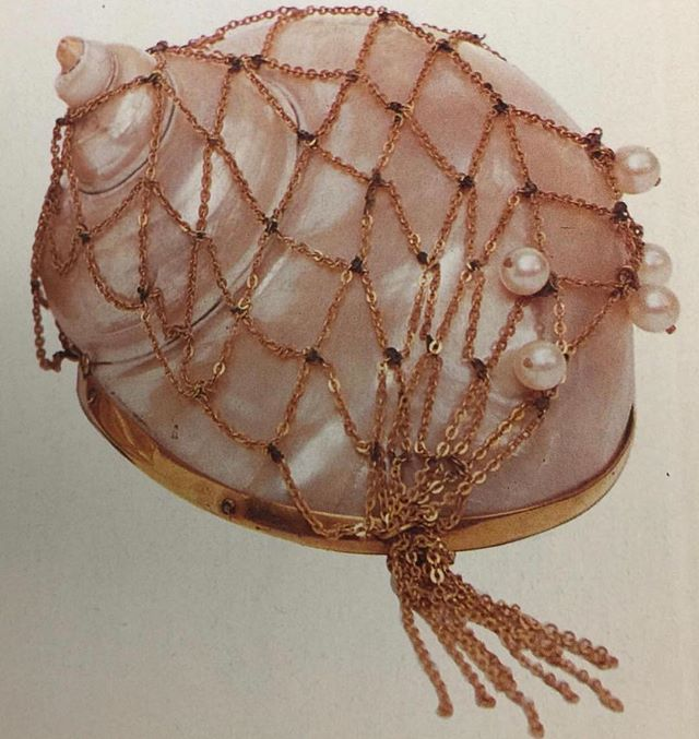 Gifts from the sea. Vogue Italia 1989 #SaraCristina #SCinspiration