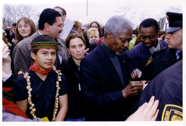 Hugo Lucitante with Miranda Detore and Kofi Annan at the UN in 2000.