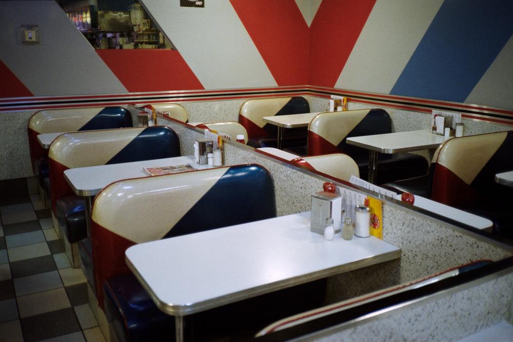 Empty Tables, La Belle Province