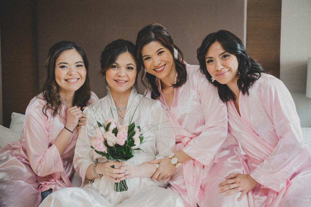 getting-ready-bride-wedding-day-pink