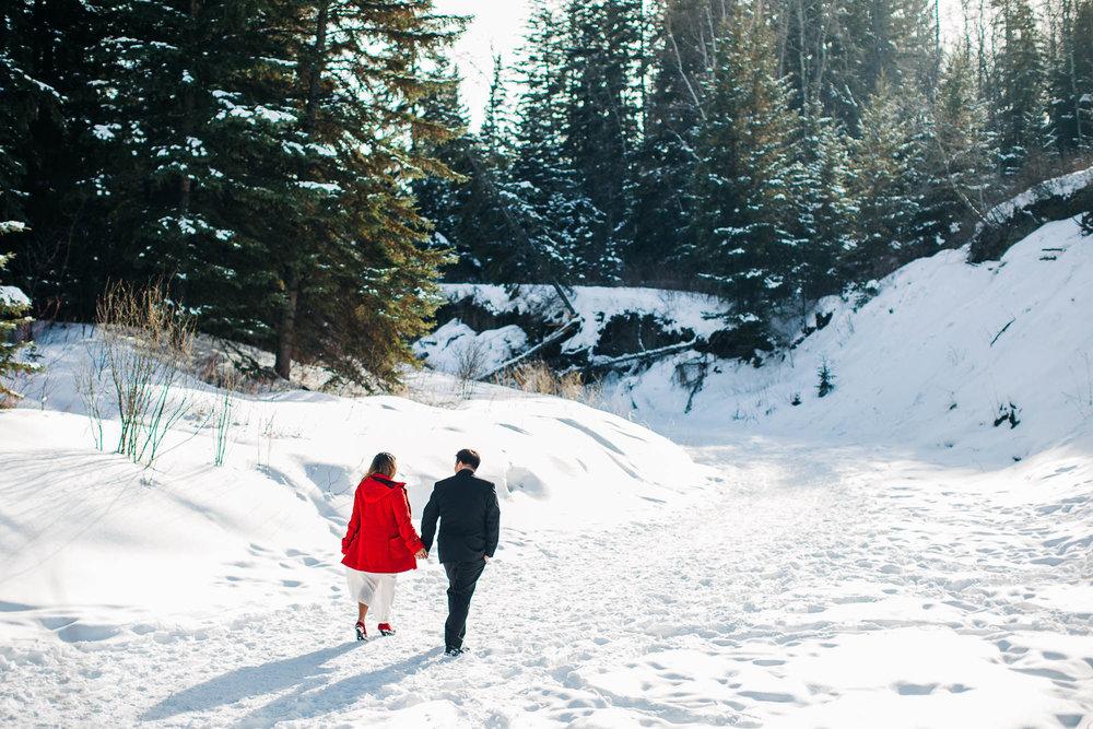 Edmonton-Engagement-Photos-Photographer-1
