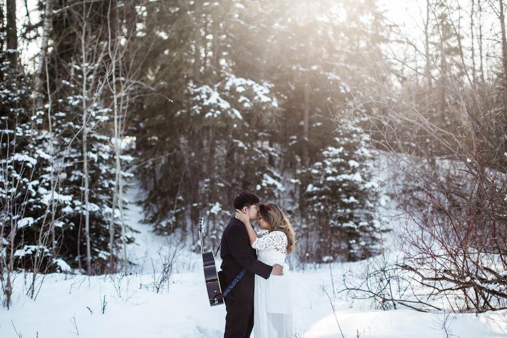 Edmonton-Engagement-Photos-Photographer-3