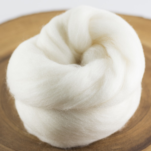 Undyed Organic Polwarth top
