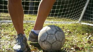 How to work on your Weaker Foot