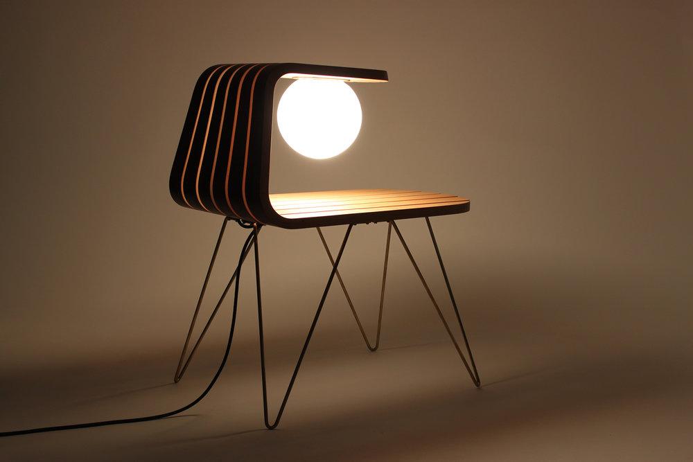 DAWN_table lamp 08_by Dane Saunders.jpg