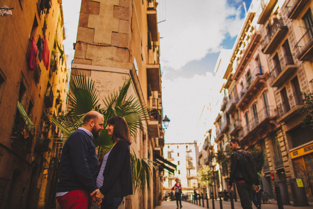 lifestyle session barcelona wedding photographer