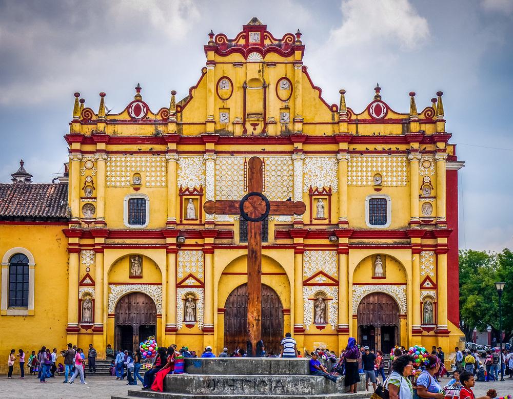Catedral_de_San_Cristóbal_de_las_Casas_1.jpg