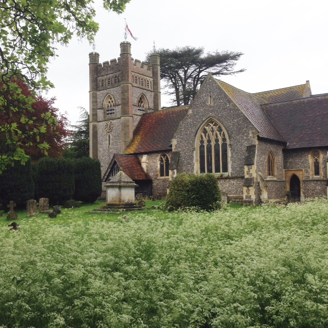 Hambleden's pretty church - I have absolutely stepped into a tv drama set in the 1940s.
