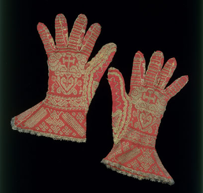 historyliturgicalgloves.jpg