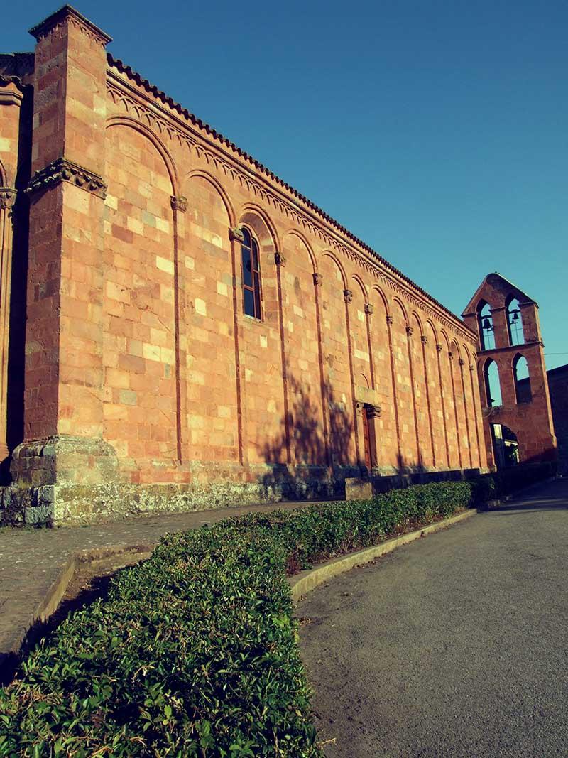 Zuri Chiesa 1pp.jpg