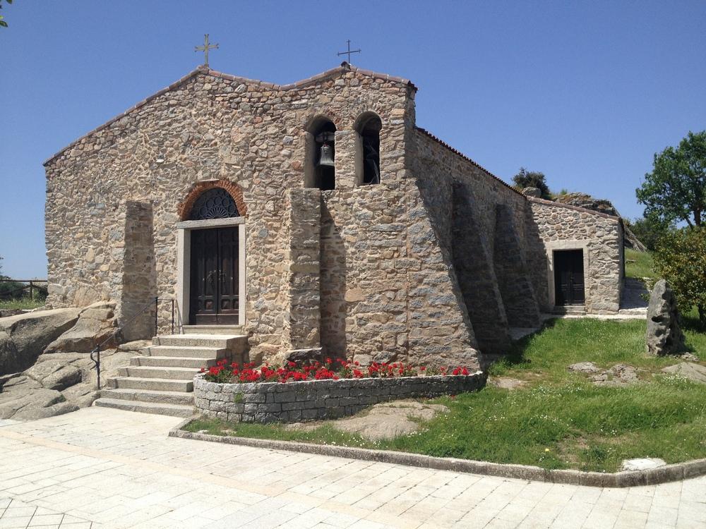 Piazza e chiesa San Giorgio.jpg