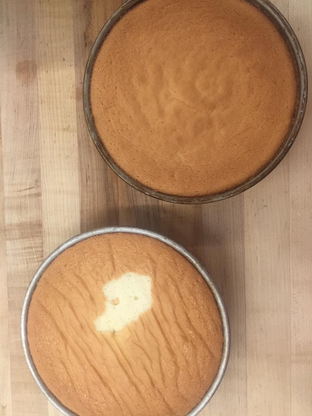 Two chiffon cakes, ready for duty!