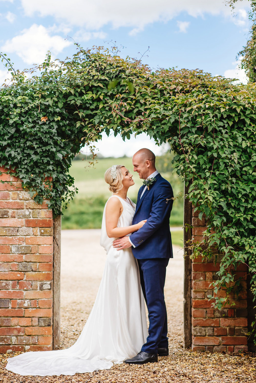06_Rushall_manor_wiltshire_wedding_photography_bride_groom_portrait.jpg
