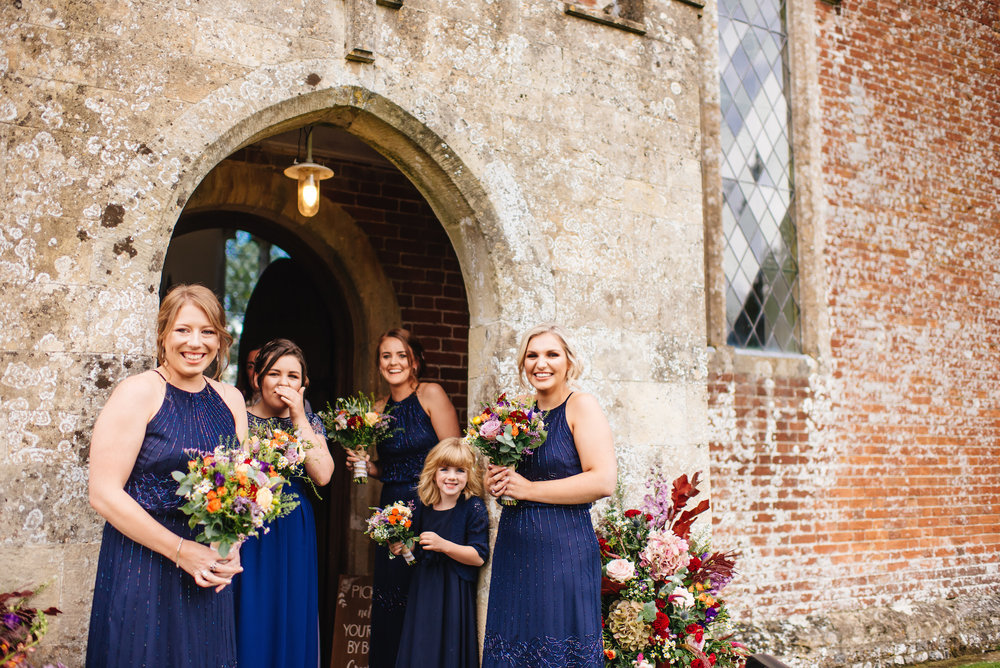 02_Rushall_manor_wiltshire_wedding_photography_bridal_party.jpg