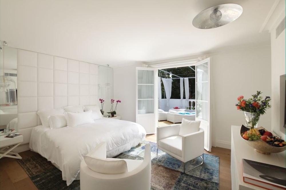 Maison d Etoiles - VIP bedroom.jpg