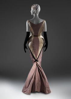 Diamond Evening Dress (Photo: Metropolitan Museum)