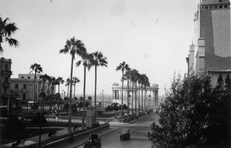 alexandria_monument-to-khedive_ismail_resized.jpg