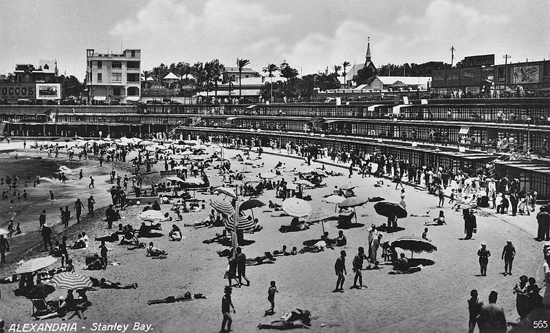 800px-041_1942_-_Stanley_Bay_beach_in_Alexandria,_Egypt.jpg
