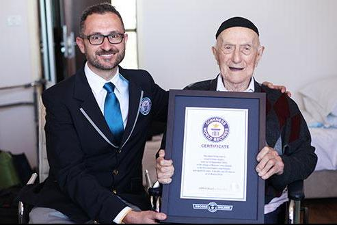 Guinness-certifies-worlds-oldest-man-112-in-Israel.jpg