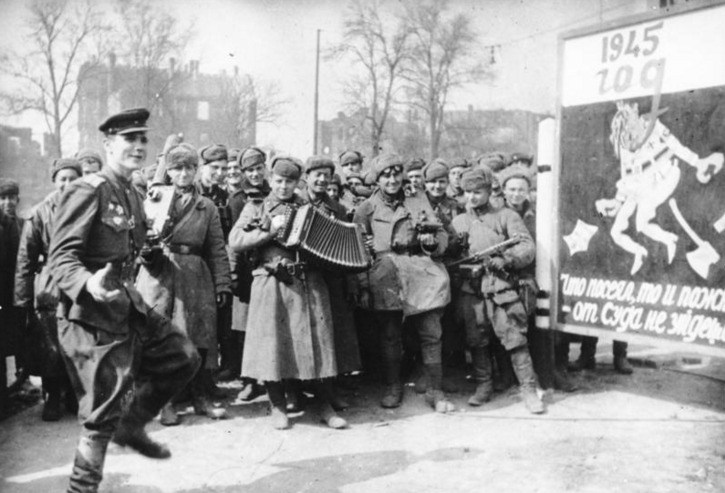 Red Army soldiers, Berlin 1945.