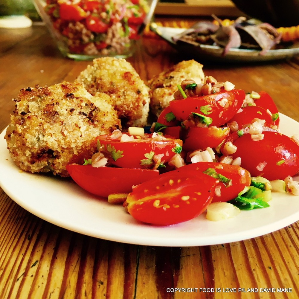 Chicken rissoles with tomato and kasha (buckwheat) salad