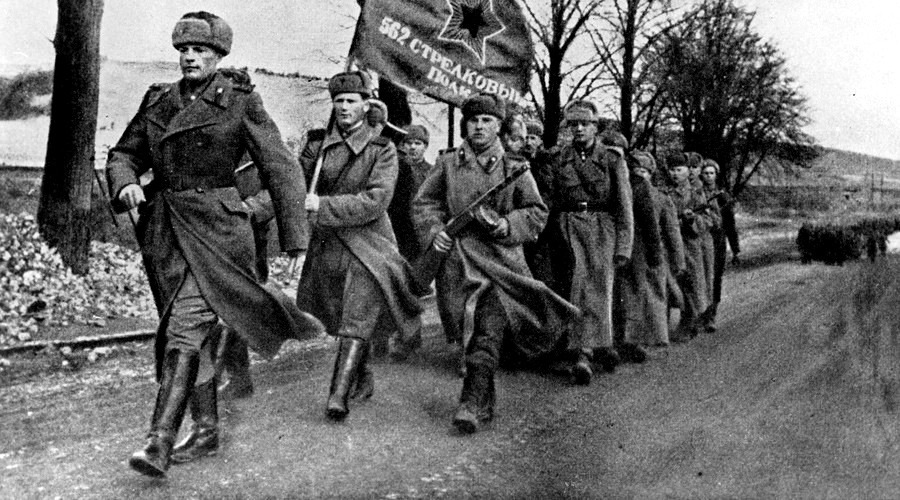 Russian troops in Poland feb 1945 RIA Novosti Vitaly Saveliev.jpg