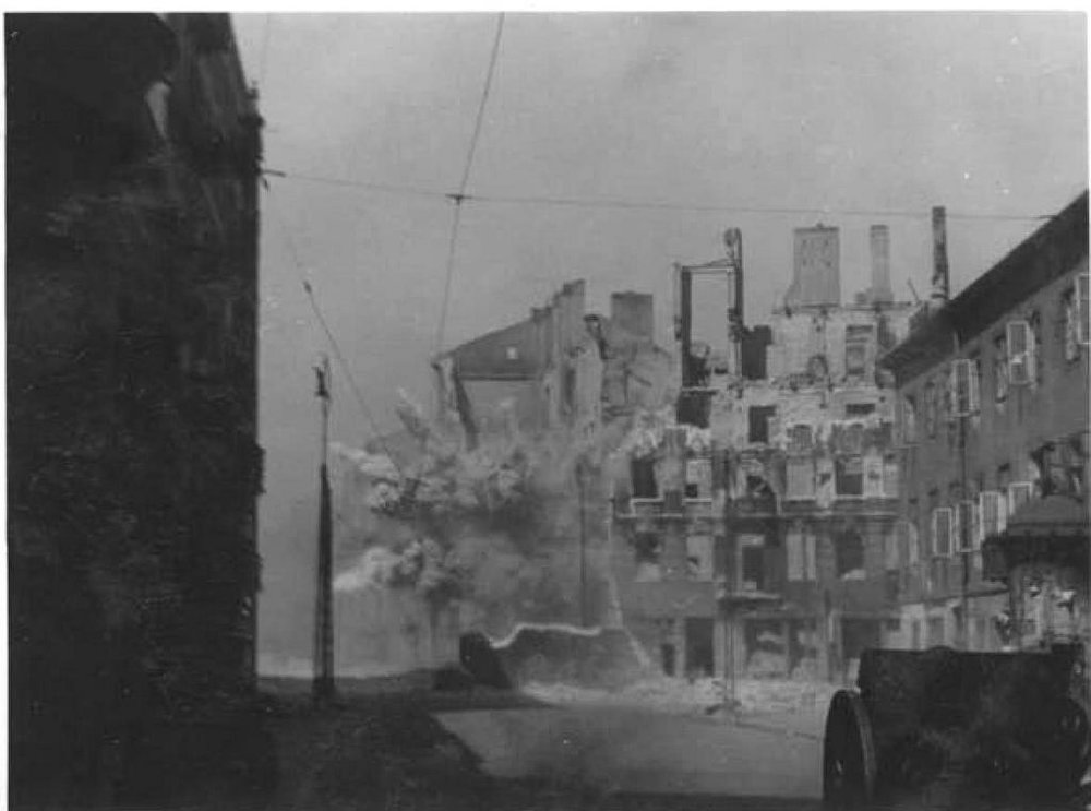 Stroop_Report_-_Warsaw_Ghetto_Uprising_-_26546 (2).jpg