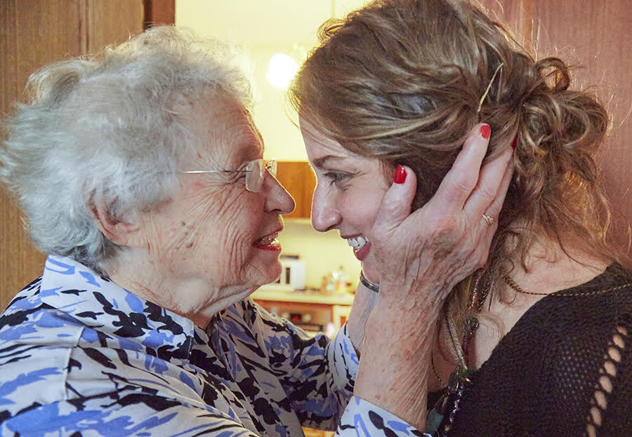Saba Feniger with her granddaughter Keren Dobia in 2016, the year before Saba passed away. How lucky we were to get to know her, and to include her story in this book.