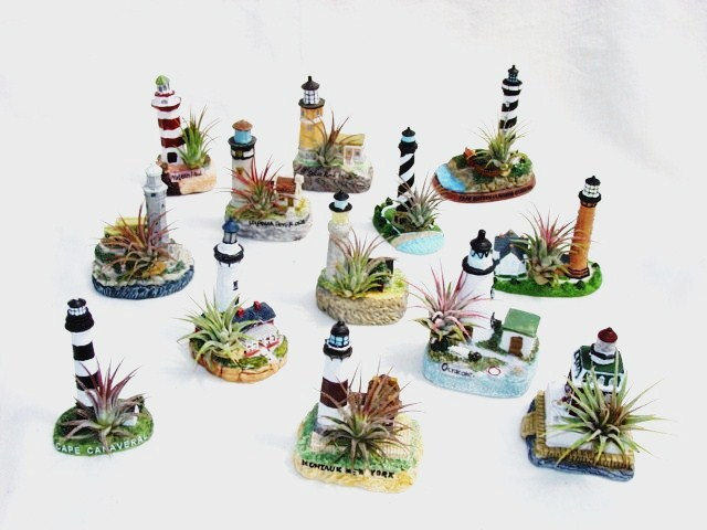 #265 Small lighthouses