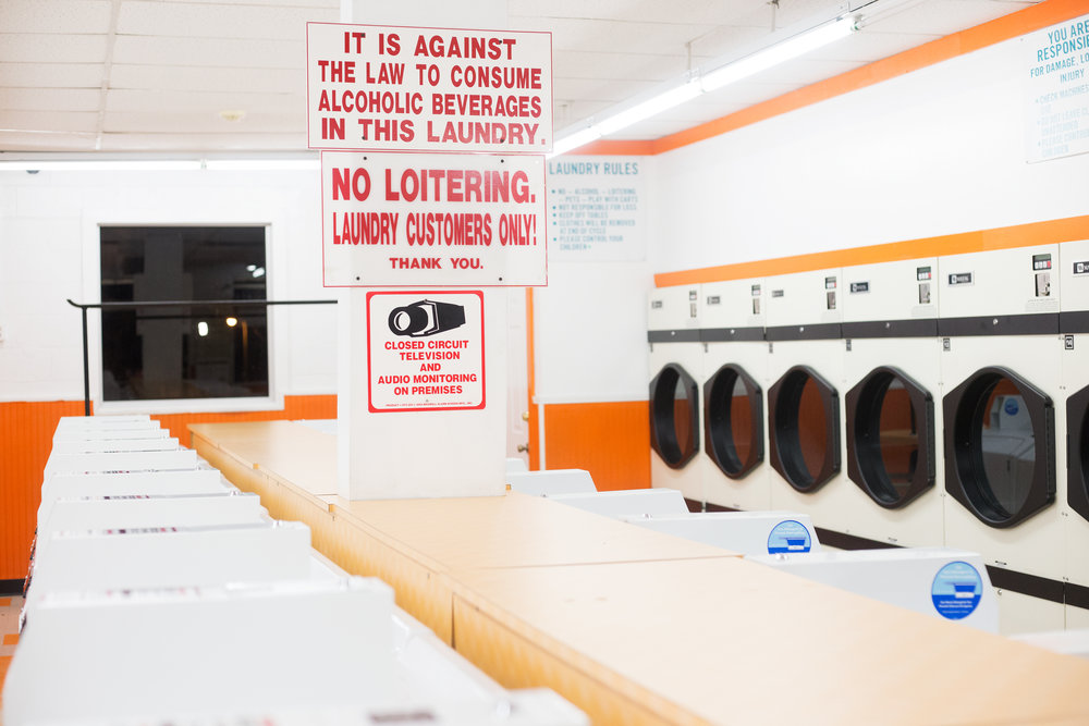 VolunteerCoinLaundry_detail_1_web.jpg