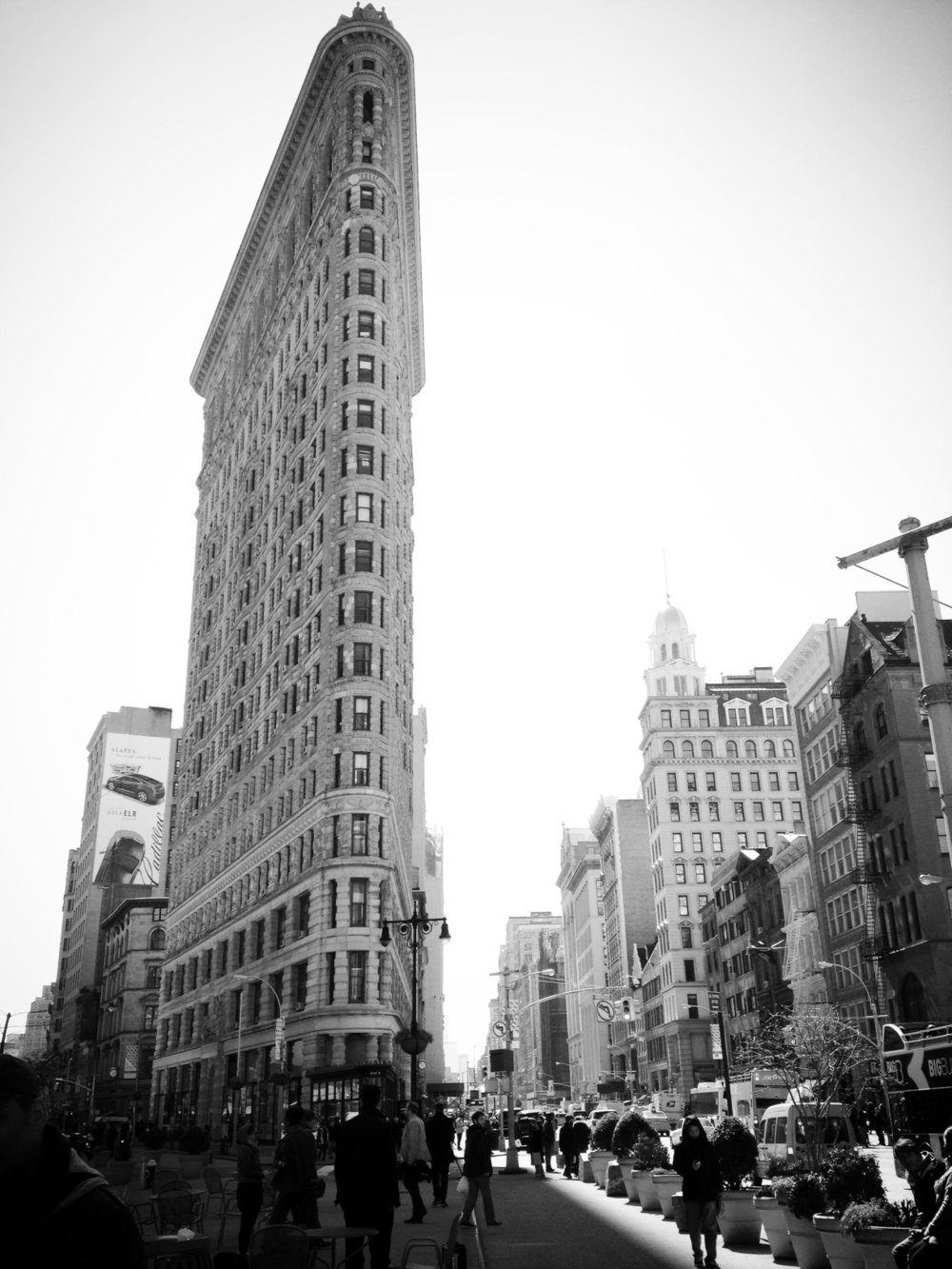 The Gallery is located in the busy neighborhood of Flatiron District on 5th Avenue between 19th & 20th Street.