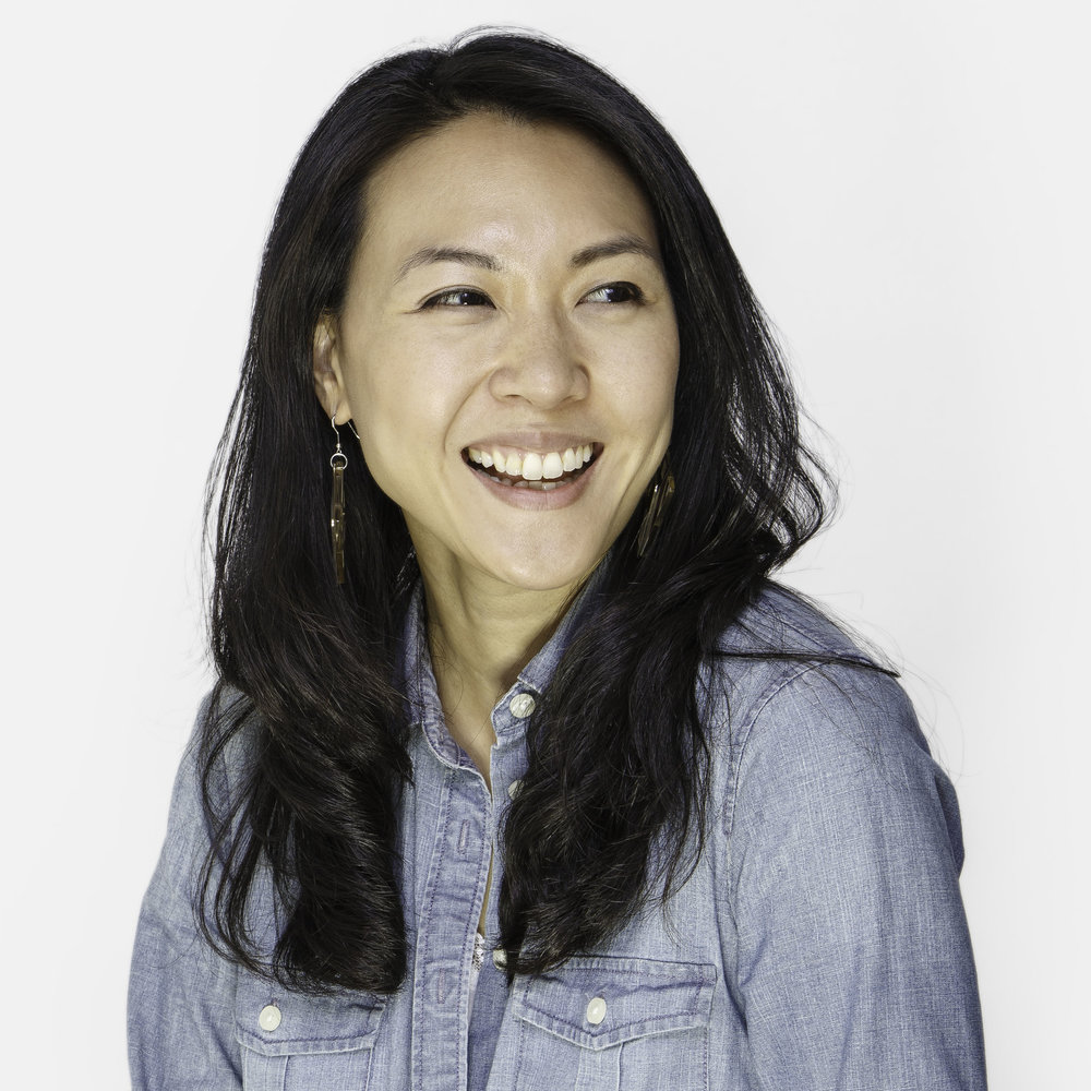 Jennifer Feng, Wine & Spirits Saleswoman