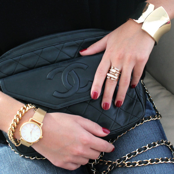 For Happy Hour For happy hour, complement the statement ring with a chunky chain bracelet and sculptural cuff to add edge to your ensemble.