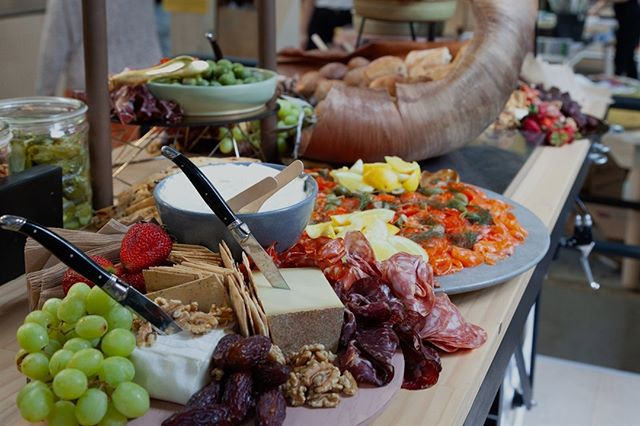 At the end of last year, we teamed up with our business crush - fellow BCorp Koskela @koskela_ to produce this kooky grazing table for their xmas shopping night. It was our interpretation of 'everything you want to eat at a stand up xmas event that never seems to be on offer'. Think glazed ham rolls, oozy cheeses, artisanal charcuterie, house cured salmon and chunky baguettes. Our zero waste strategy - produce food that people want to devour. Thanks for including us Koskela. We 💜💛💕 working with you. @bcorpanz 🙌