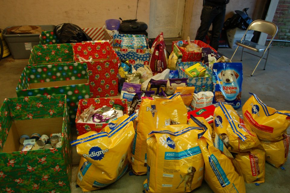 Holiday Pet Food Drive Donations.jpg