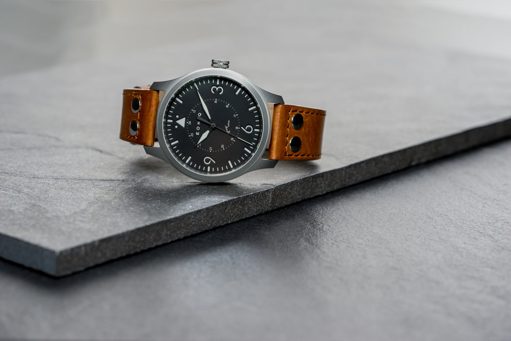 EONIQ's Mechanical Pilot Watch - Navigator