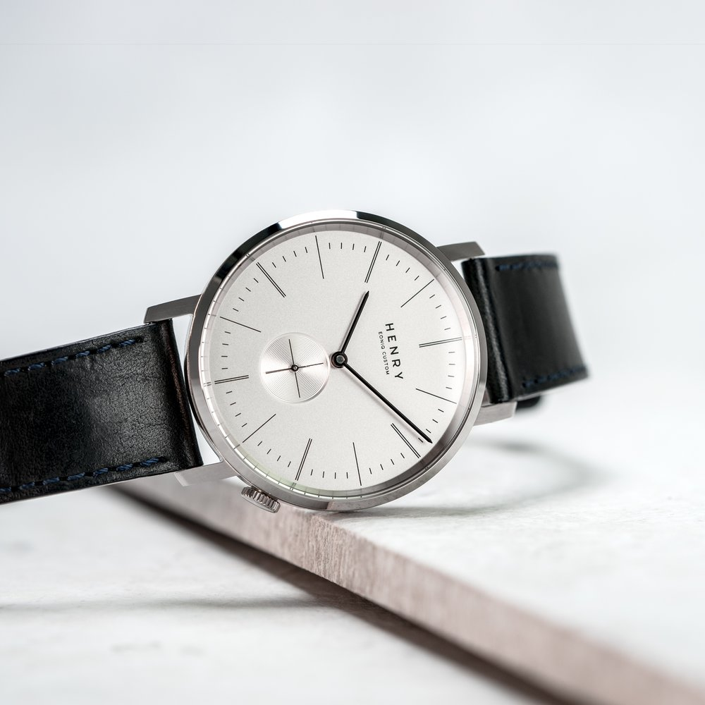 Alster Custom系列 - 簡約設計配合優雅和精緻的機械腕錶