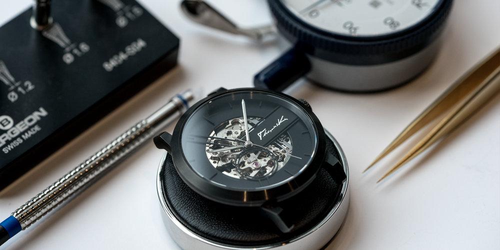刻有你名字或指定logo 的機械腕錶