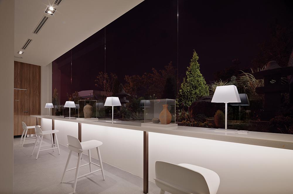 (1000px_Teo Yang Studio) 망향 휴게소 화장실 개선 프로젝트 준공사진.jpg