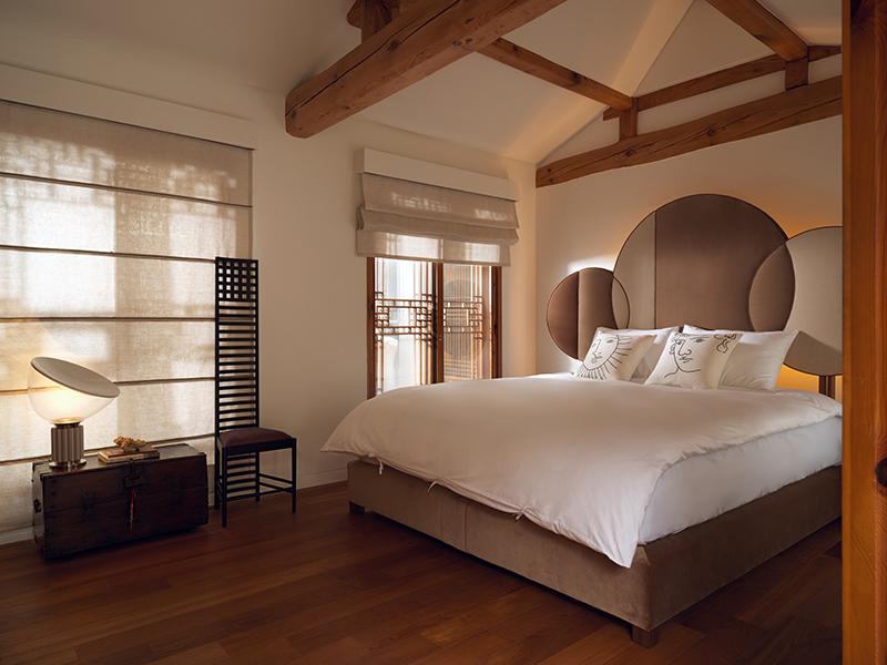 Savoir Beds_Moon Bed by Teoyang_01.jpg